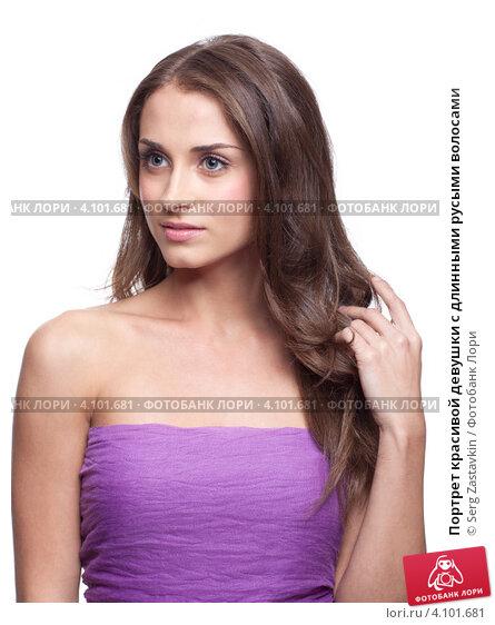 Фото девушки с русыми волосами и цветами 67