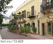 Купить «Торговая улица в Терразини. Сицилия», фото № 13429, снято 4 ноября 2006 г. (c) Маргарита Лир / Фотобанк Лори