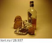 Купить «Натюрморт с шоколадом», фото № 28937, снято 31 марта 2007 г. (c) Аврам / Фотобанк Лори