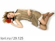 Купить «Красивая девушка с красной розой в волосах», фото № 29125, снято 24 марта 2007 г. (c) Вадим Пономаренко / Фотобанк Лори