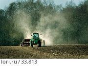 Купить «Весенний сев», фото № 33813, снято 18 марта 2018 г. (c) Aleksander Kaasik / Фотобанк Лори