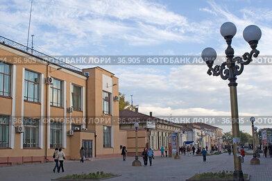 Улан-Удэ, пешеходная улица (2005 год). Редакционное фото, фотограф Ирина Терентьева / Фотобанк Лори