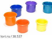 Купить «Разноцветные детские формочки для куличиков», фото № 38537, снято 3 мая 2007 г. (c) Угоренков Александр / Фотобанк Лори