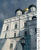 Купить «Псков, храм», фото № 39537, снято 19 сентября 2006 г. (c) A Челмодеев / Фотобанк Лори