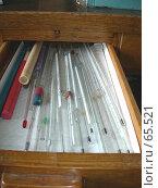 Купить «Химическая лаборатория: термометры в ящике стола», фото № 65521, снято 26 июля 2007 г. (c) Татьяна Юни / Фотобанк Лори