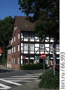 Купить «Германия. Эйнбек. Городской пейзаж», фото № 66993, снято 18 июля 2007 г. (c) Александр Секретарев / Фотобанк Лори