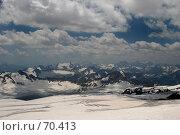 Купить «Панорама Кавказа с вершины Эльбруса. Ледники Эльбруса», фото № 70413, снято 24 июля 2007 г. (c) Vladimir Fedoroff / Фотобанк Лори