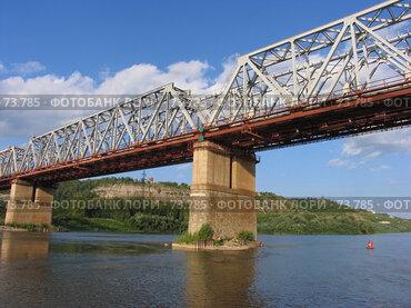 Купить «Железнодорожный мост через реку Белая, г. Уфа», фото № 73785, снято 14 августа 2007 г. (c) Талдыкин Юрий / Фотобанк Лори