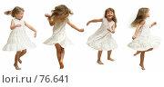 Купить «Проказница. Маленькая девочка танцует, кружится, вращается, позирует на белом фоне в белом платье.», фото № 76641, снято 22 августа 2007 г. (c) Владимир Мельников / Фотобанк Лори