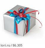 Купить «Небольшой изящный подарок аккуратно упакованный на белом фоне», фото № 86305, снято 22 июня 2007 г. (c) Harry / Фотобанк Лори