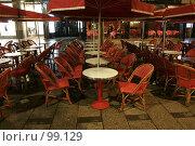Ночное кафе в Париже (2007 год). Стоковое фото, фотограф Федюнин Александр / Фотобанк Лори