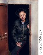 Купить «Девушка», фото № 156257, снято 30 апреля 2006 г. (c) Дмитрий Тарасов / Фотобанк Лори