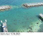 Купить «Море у городского пляжа в Сорренто. Италия», фото № 174901, снято 22 июля 2007 г. (c) Татьяна Чурсина / Фотобанк Лори