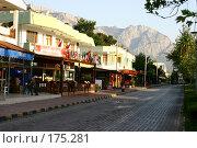 Купить «Вид улицы Кемера, Турция», фото № 175281, снято 10 августа 2007 г. (c) Суханова Елена (Елена Счастливая) / Фотобанк Лори