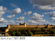 Купить «Крепость Ивангород», фото № 187809, снято 22 апреля 2018 г. (c) Aleksander Kaasik / Фотобанк Лори