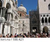 Купить «Венеция, дворцы, туристы», фото № 188421, снято 23 сентября 2007 г. (c) Георгий Ильин / Фотобанк Лори