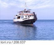 Купить «Прогулочный катер на Черном море», фото № 208037, снято 28 августа 2005 г. (c) Владимир Сергеев / Фотобанк Лори