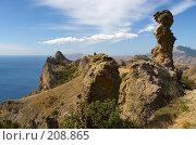 Купить «Вид на Карадаг и причудливые скалы выветривания», фото № 208865, снято 11 сентября 2006 г. (c) Олег Титов / Фотобанк Лори
