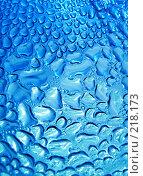 Купить «Капли воды на стекле», фото № 218173, снято 17 августа 2018 г. (c) ElenArt / Фотобанк Лори