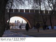 Купить «Великий Новгород. Кремль, вид на торговую сторону и Никольский собор», фото № 222997, снято 2 января 2008 г. (c) Роман Коротаев / Фотобанк Лори