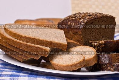 Купить «Хлеб», фото № 235733, снято 19 января 2019 г. (c) Кравецкий Геннадий / Фотобанк Лори