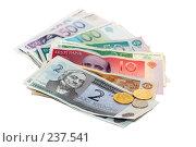 Купить «Эстонские кроны. Деньги Эстонской Республики», фото № 237541, снято 30 марта 2008 г. (c) Игорь Соколов / Фотобанк Лори