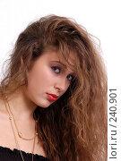 Купить «Девушка с длинными волосами», фото № 240901, снято 14 ноября 2004 г. (c) Виктор Филиппович Погонцев / Фотобанк Лори
