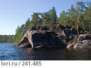 Купить «Скала2», фото № 241485, снято 18 июля 2007 г. (c) Олег Крицкий / Фотобанк Лори