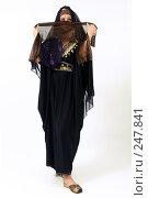 Купить «Девушка в платье из Туниса», фото № 247841, снято 8 апреля 2008 г. (c) Михаил Мандрыгин / Фотобанк Лори