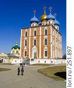 Купить «Рязанский кремль. Успенский собор.», фото № 251897, снято 29 марта 2008 г. (c) УНА / Фотобанк Лори