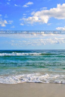 Купить «Морской прибой на тропическом пляже. Тунис», фото № 271285, снято 19 марта 2018 г. (c) Вероника Галкина / Фотобанк Лори