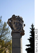 Купить «Бюст Пушкина в Твери», фото № 282433, снято 9 мая 2008 г. (c) Fro / Фотобанк Лори
