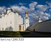 Купить «Панорама кремля. Вологда», фото № 290533, снято 15 апреля 2018 г. (c) Liseykina / Фотобанк Лори