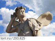 Купить «Петергоф, скульптура в Верхнем саду», фото № 293825, снято 23 июля 2007 г. (c) Журавлев Андрей / Фотобанк Лори