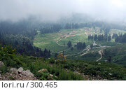 Купить «На горное селение опускается туман», фото № 300465, снято 19 июля 2007 г. (c) Татьяна Нафикова / Фотобанк Лори