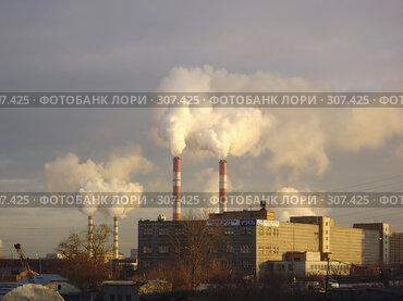 Купить «Дым из труб котельной. Экология.», фото № 307425, снято 7 ноября 2007 г. (c) Sergey Toronto / Фотобанк Лори