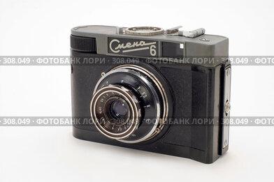 Купить «Старая классическая камера», фото № 308049, снято 1 июня 2008 г. (c) Юрий Пономарёв / Фотобанк Лори
