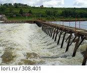 Купить «Плотина на реке Оке. Рязанская область», фото № 308401, снято 31 мая 2008 г. (c) УНА / Фотобанк Лори