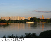 Купить «Район Орехово-Борисово. Москва», фото № 328737, снято 19 июня 2008 г. (c) Юлия Селезнева / Фотобанк Лори