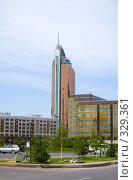 Купить «Транспорт Тауэр (Зажигалка). Астана», фото № 329361, снято 15 июня 2008 г. (c) Михаил Николаев / Фотобанк Лори