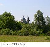 Церковь в деревне Ермолово. Стоковое фото, фотограф Александр Бобиков / Фотобанк Лори