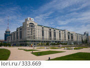 Купить «Правительственный квартал. Астана.», фото № 333669, снято 15 июня 2008 г. (c) Михаил Николаев / Фотобанк Лори