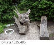 Деревянное чучело в парке. Стоковое фото, фотограф Панов Андрей / Фотобанк Лори
