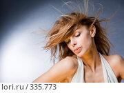 Купить «Портрет красивой молодой женщины наслаждающейся ветром», фото № 335773, снято 10 апреля 2008 г. (c) Эдуард Стельмах / Фотобанк Лори