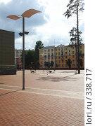 Купить «Городской пейзаж», фото № 338717, снято 19 августа 2018 г. (c) Сергей Иващенко / Фотобанк Лори