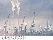 Купить «Утренний туман в порту города Новороссийска», фото № 351165, снято 3 июля 2008 г. (c) Федор Королевский / Фотобанк Лори