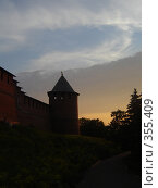 Купить «Башня на закате», фото № 355409, снято 8 июля 2007 г. (c) Александра Стрижева / Фотобанк Лори