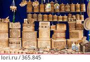 Купить «Сувениры из бересты», эксклюзивное фото № 365845, снято 19 июля 2008 г. (c) Александр Щепин / Фотобанк Лори