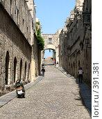 Купить «Родос. Улица старого города», фото № 391381, снято 21 мая 2008 г. (c) Хименков Николай / Фотобанк Лори