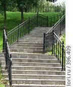 Купить «Лестница вверх», фото № 396409, снято 9 августа 2008 г. (c) Хименков Николай / Фотобанк Лори